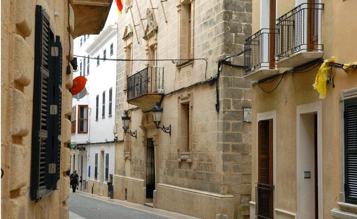 Se invertirán 90.000 € en la rehabilitación de la fachada de las Casas Consistoriales