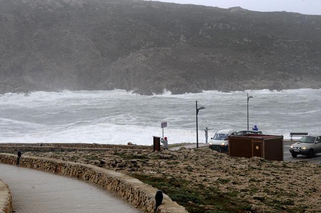 El viento del norte generará olas de hasta 3 metros de altura