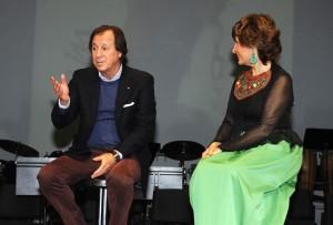 Gabriel Masfurroll durante su intervención junto a la consellera Aurora Herráiz. FOTO.- Tolo Mercadal