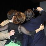 """Gelabert-Petrus, Herráiz y Masfurroll, haciéndose un """"selfie"""" tras pintarse la raya verde"""