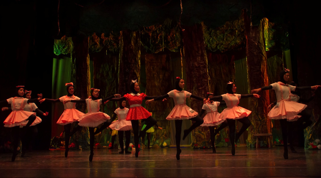 Escola de Dansa de Ferreries. Foto Carmen Estela
