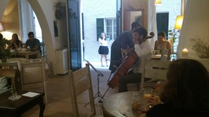 Una actuación anterior en la cafetería Ànima de Ciutadella.
