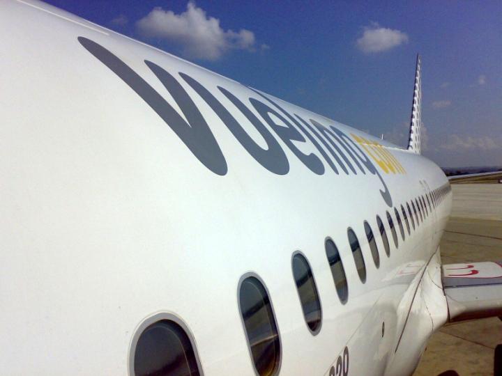 Viajar_vuelos_Vueling_Marrakech_Info_Fronteras_de_Papel_revista_viajes_ir_clip_image001
