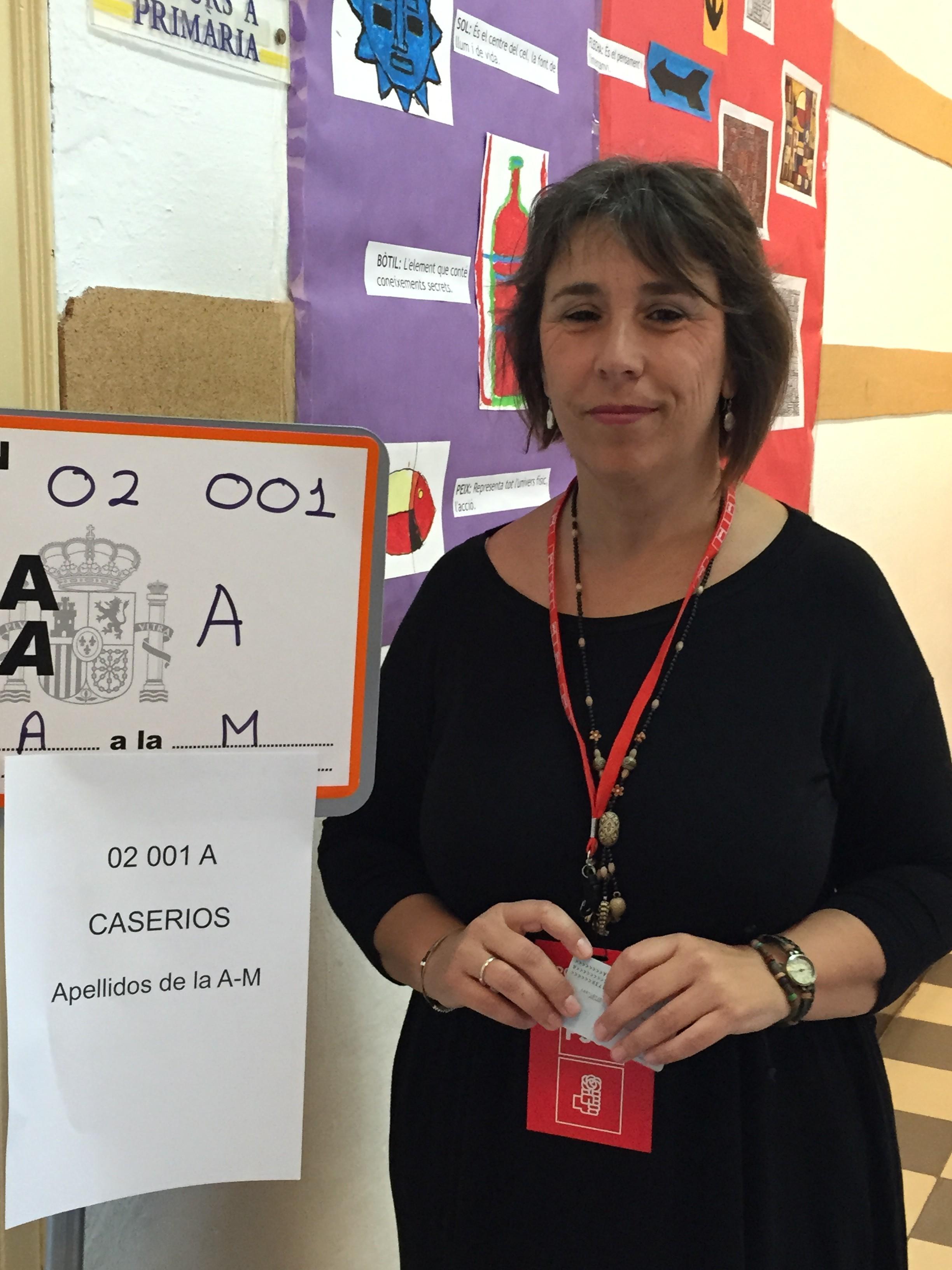 Teresa Borrás renuncia por motivos familiares