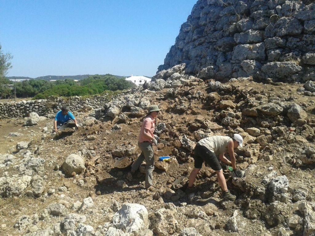 Entre otras, el Consell convoca una línea de ayudas para las excavaciones arqueológicas en la Isla.