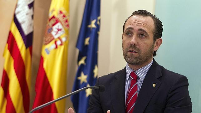 El ex president del Govern y ahora senador ha impulsado una corriente liberal y plantea presentarse a la carrera para sustituir a Rajoy.