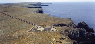 Faro de Punta Nati.