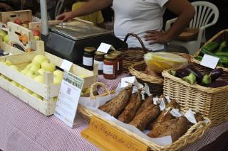 """Los 25 restaurantes ofrecerán un """"menú Arrels"""" para promocionar los productos locales."""