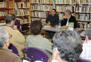 Momento de la presentación en la Biblioteca Fundació Rubió de Maó. FOTO.- Tolo Mercadal