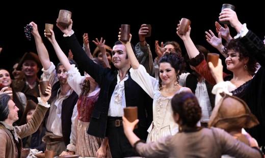 Simón Orfila interpreta a Figaro en 'Le Nozze di Figaro'. Foto: Teatro Regio de Parma.