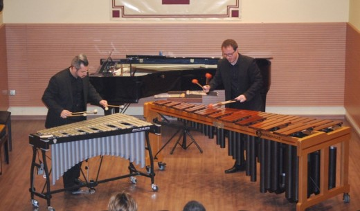 El dúo Tulam en una de sus actuaciones.