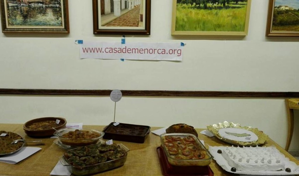 Una muestra de los platos presentados al concurso, con las 'tortadas' ganadoras en la parte derecha. Foto: Casa de Menorca en Mallorca.