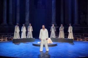 Momento de la representación de 'Sócrates, juicio y muerte de un ciudadano' en el Festival de Mérida. Foto: Jero Morales.