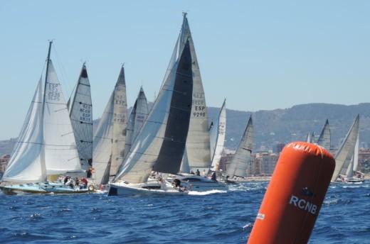"""""""Rats on fire"""" es el primer velero en llegar a Maó de la Menorca Sant Joan"""