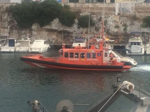 Salvamento Marítimo rescata a siete personas en Ciutadella