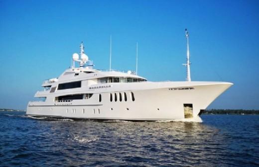 Bacarella: un superyate valorado en más de 60 millones que navega por Menorca