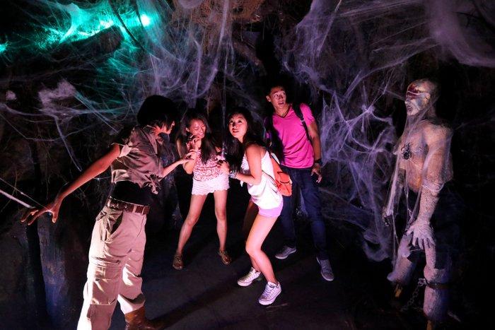 45 terror fico aniversario con 800 invitados menorca al d a - Fiesta halloween en casa ...