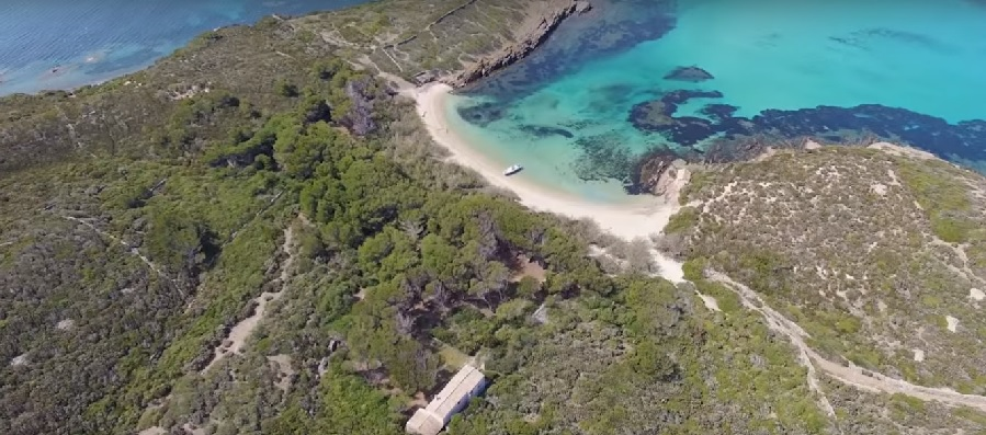 L illa del colom sigue buscando due o rebajan su precio - Inmobiliaria bonnin sanso ...