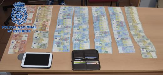 Imagen del dinero recuperado por la Policía Nacional.