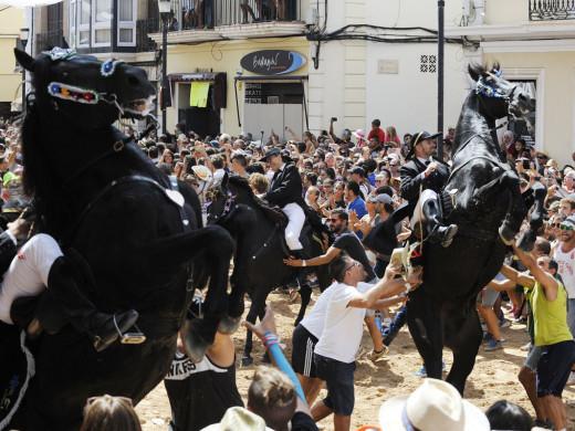 (Vídeo y fotos) Segundo jaleo de la edición 2016 de las fiestas de Gràcia