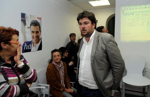 Vicenç Tur dimite como secretario general del PSOE.
