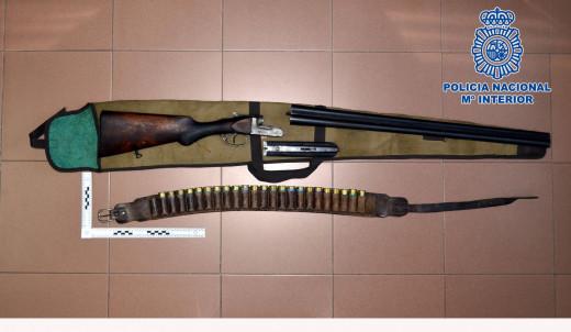 Imagen del arma localizada.