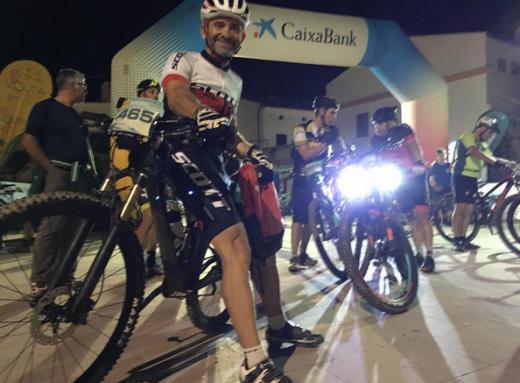 Lobato, antes de iniciar la etapa nocturna en Es Mercadal (Foto y vídeos: @alobatof1)