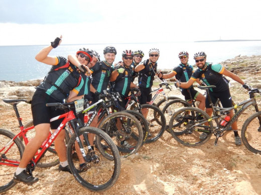 (Fotos) Espectacular segunda jornada de la Volta a Menorca en BTT
