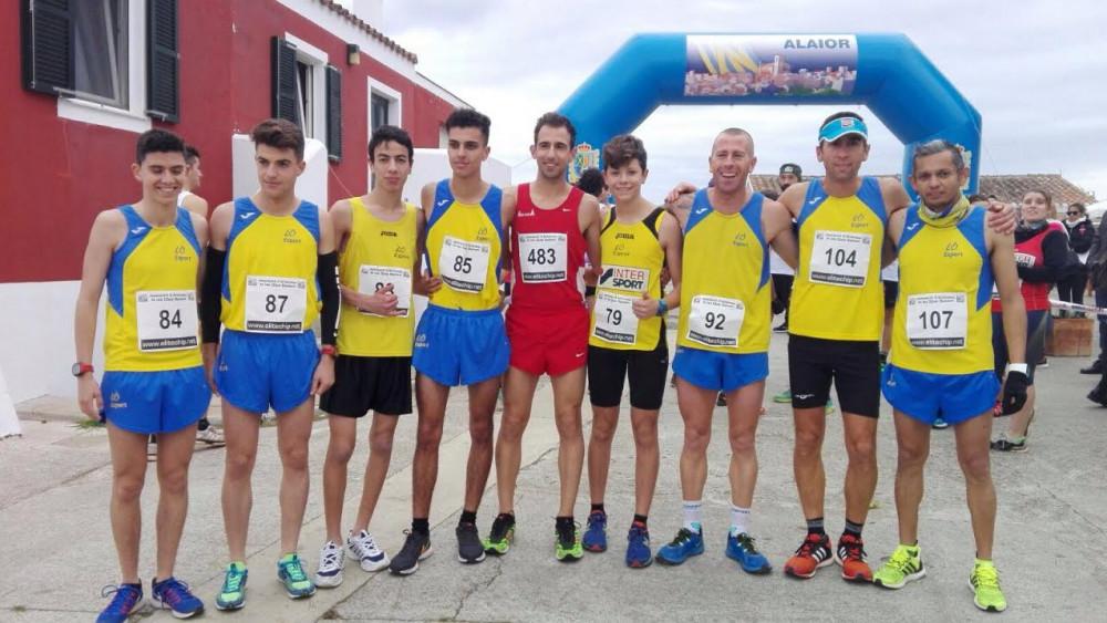 Equipo de Lô Esport, junto a Rafel Quintana.