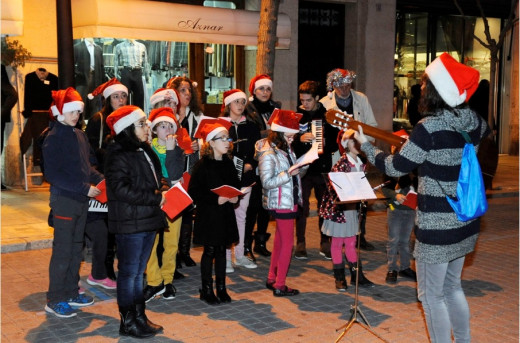 "Imagen de una cantada de ""nadales"" en Maó."