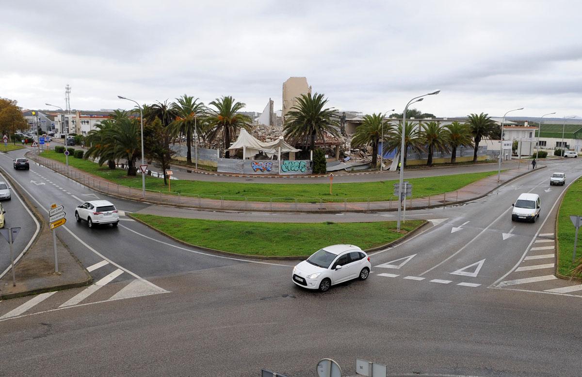 Derrumbe Edificio Muebles Gali Poima Mao Menorca Al D A # Muebles Menorca Mahon