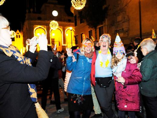 (Fotos) Menorca recibe con fiesta el año nuevo