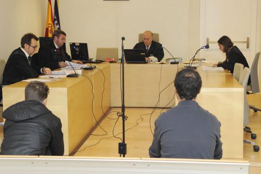 Momento del juicio este miércoles en Maó (Foto: Tolo Mercadal)