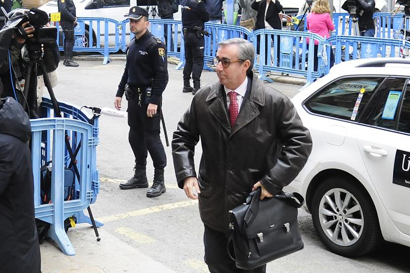 Diego Torres, a su llegada a la Audiencia de Palma.