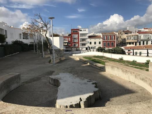 (Galería de fotos) ¿Qué nombre le pondrías a estas seis zonas de Es Castell?
