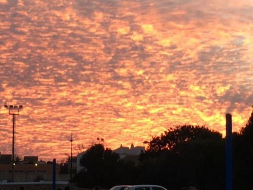 (Fotos) La impresionante puesta de sol en Punta Prima