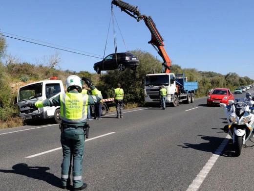 (Galería de fotos) Aparatoso accidente en la carretera general