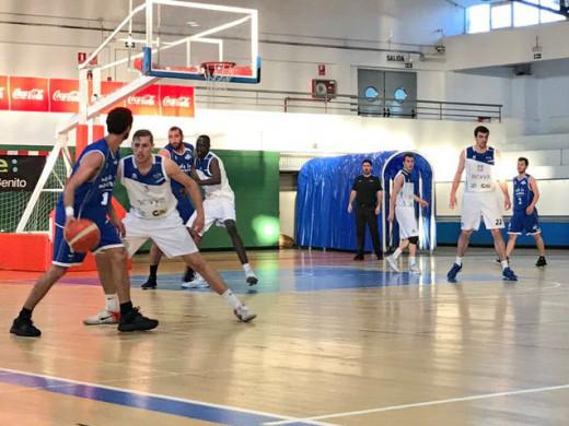 (Fotos) El Made in Menorca cierra el curso en casa abatiendo al líder