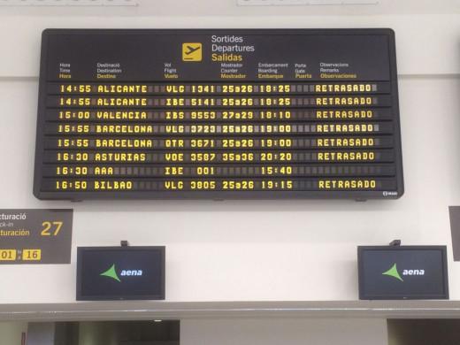 (Fotos) Los aviones vuelven a despegar