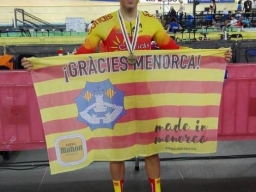 (Fotos) Albert Torres, bronce en el campeonato del Mundo de Hong Kong