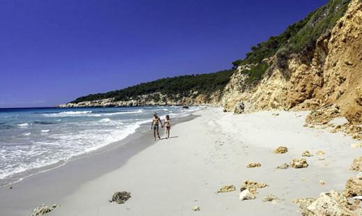 Imagen de la playa de Binigaus (Foto: Fundació Destí)