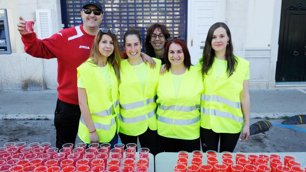 Voluntarios de la carrera.