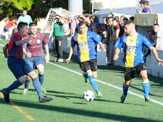 (Galería de fotos) La Unión Deportiva Mahón conquista el título de Regional