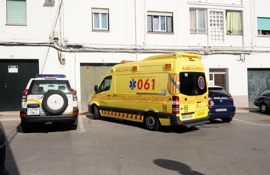 La ambulancia permitió llevar a la persona indispuesta hasta el hospital.