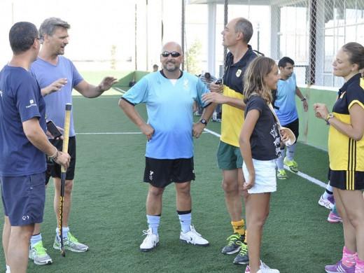 (Galería de fotos) Menorca Hockey y Atlètic Terrassa se dan la mano