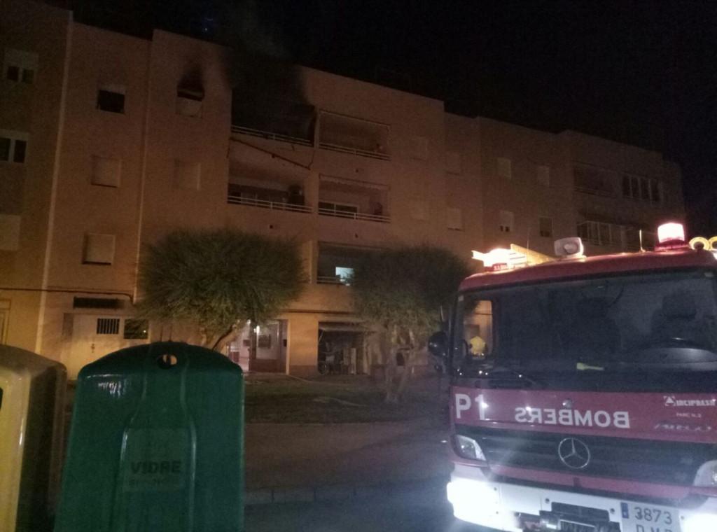 Imagen del incendio captado por la Policía Local de Ciutadella.