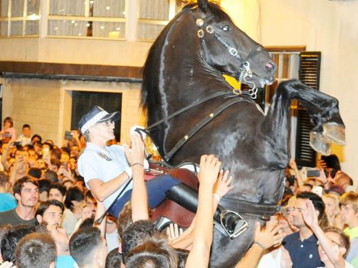 (Fotos) Alaior vive su gran noche