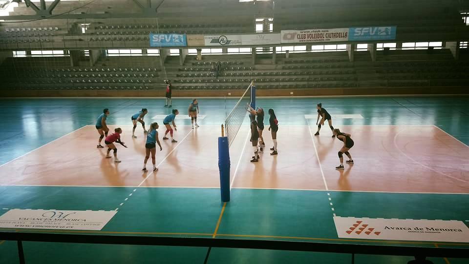 Imagen del encuentro disputado en Ciutadella (Foto: CV Ciutadella)
