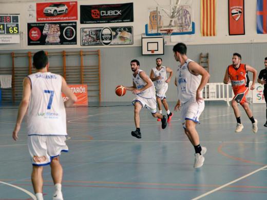 (Fotos) El Bàsquet Menorca se derrumba en el último cuarto