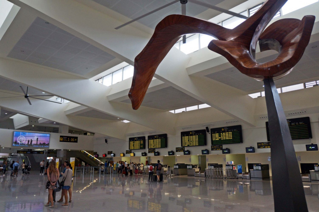 Imagen de la terminal de salidas (Foto: Ferrán Herrera)